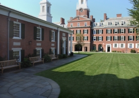 Timothy Dwight College - Courtyard