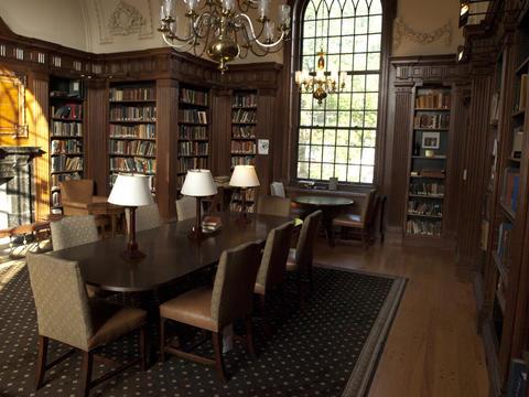 Pierson College - Rotunda Room