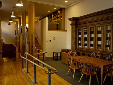 Pierson College - Library