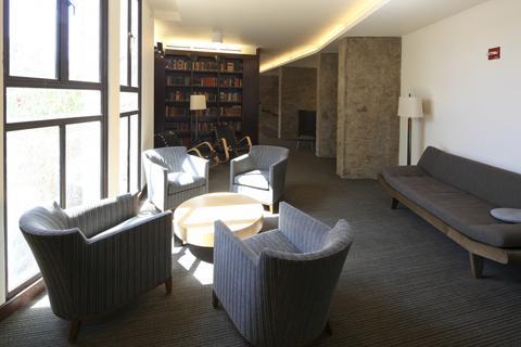 Ezra Stiles - Library